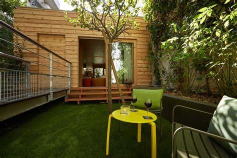 brumisateur chambre chambre coquine dans une cabane avec jardin privatif 9