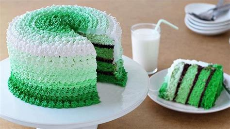 grasshopper ombre cake recipe tablespooncom