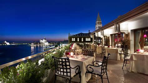 ouverture cuisine sur sejour restaurant terrazza danieli hôtel danieli de venise