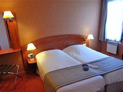chambre kyriad hôtel kyriad caen sud 3 étoiles dans le calvados