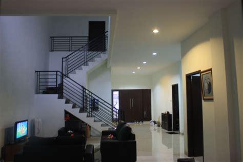 desain interior rumah minimalis modern  lantai
