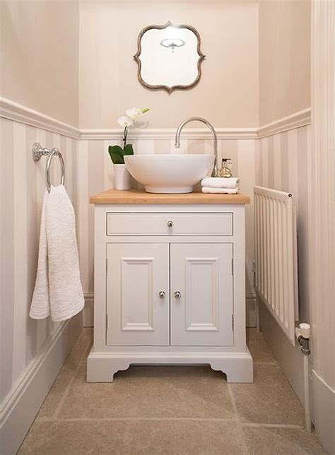 Downstairs Bathroom Ideas by 25 Best Ideas About Downstairs Bathroom On