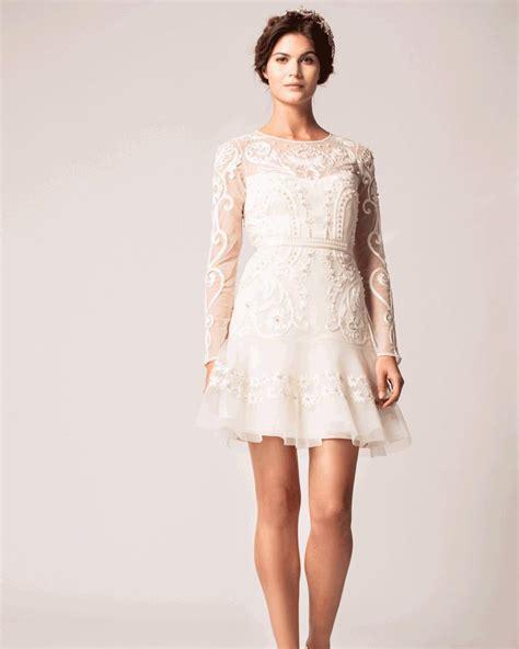 robe de mariée civil chic tenues chic pour un mariage civil madame figaro