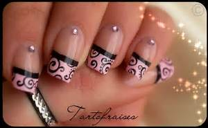 Classy french style nail art design from