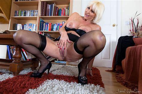 Granny mature And Milf Free mature sex In nylon stockings