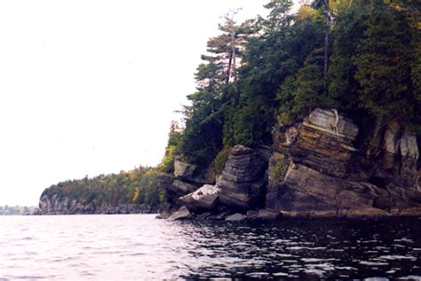 peru ny rocky shoreline  valcour island peru ny