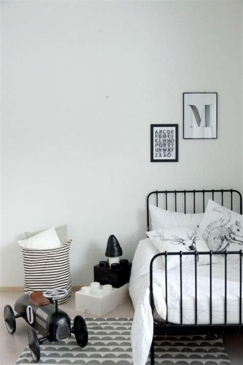 chambre noir et blanc 62 best images about chambre enfant on coins
