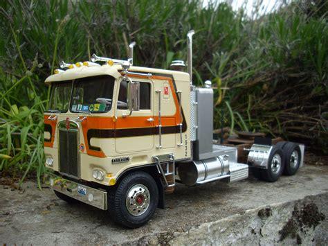 model semi trucks kenworth k123 amt heavyhauling kenworth scale models