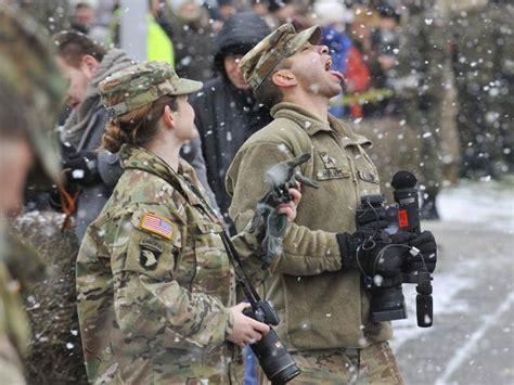 edf si鑒e social polonia arrivano i soldati americani li aspettavamo da decenni ma la russia si arrabbia corriere it