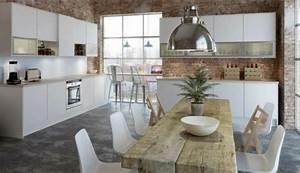 Que Mange Une Souris Dans Une Maison : une grande table manger pour accueillir tous ses amis ~ Melissatoandfro.com Idées de Décoration