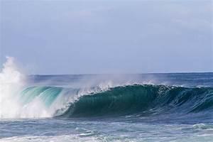 Sea spray - Wikipedia  Sea