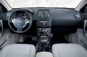 Avis Nissan Qashqai 1 6 Essence : fiche technique nissan qashqai essence 1 6 117ch 360 cvt de 2013 2014 ~ Dode.kayakingforconservation.com Idées de Décoration