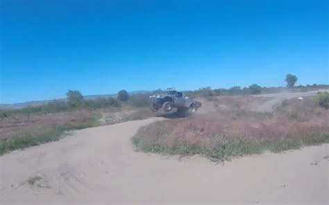 prerunner ranger jump hump day jump ford ranger prerunner jumps at honor farm