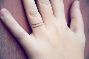 Tatouage Sur Doigt : lucie les tatouages et les voyages ~ Melissatoandfro.com Idées de Décoration
