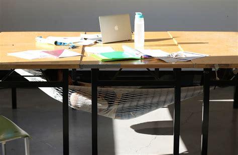 sieste bureau tu peux maintenant faire la sieste au bureau avec cette