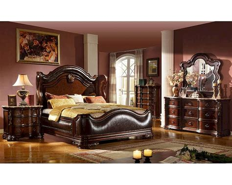 traditional style bedroom set  uphostered bed mcfbset