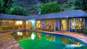 Salma Hayek's home is for rent — take a tour inside ...
