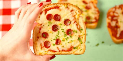 pizza toast recipe pizzas delish cheese cauliflower mickey recipes grilled creative gopher dinner