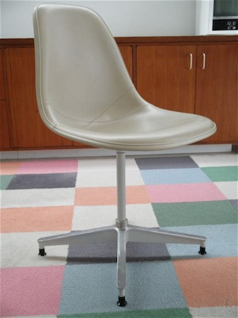 Eames Lounge Chair Craigslist Los Angeles by Eames Chair Repair Los Angeles Simple Eames Chair Repair