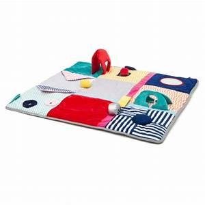 tapis d39eveil activites et contrastes sensibul creation With tapis d éveil transportable