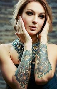 Tattoo Ganzer Arm Frau : 1001 unterarm tattoo ideen bilder und video ~ Frokenaadalensverden.com Haus und Dekorationen