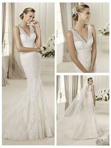 embroidery elegent v neck and v back lace mermaid wedding With v neck mermaid wedding dress