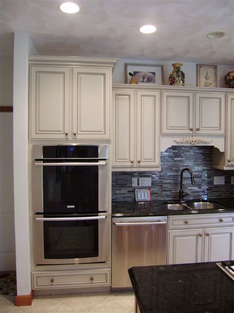 kraftmaid  traditional kitchen   lowes