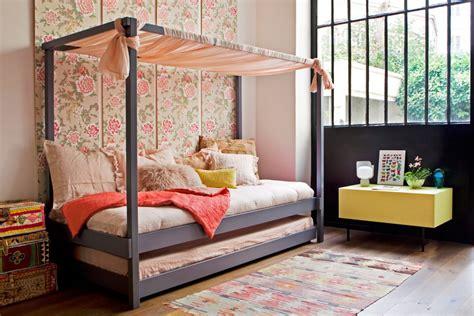lit pour chambre un lit cabane pour une chambre d 39 enfant aventure déco