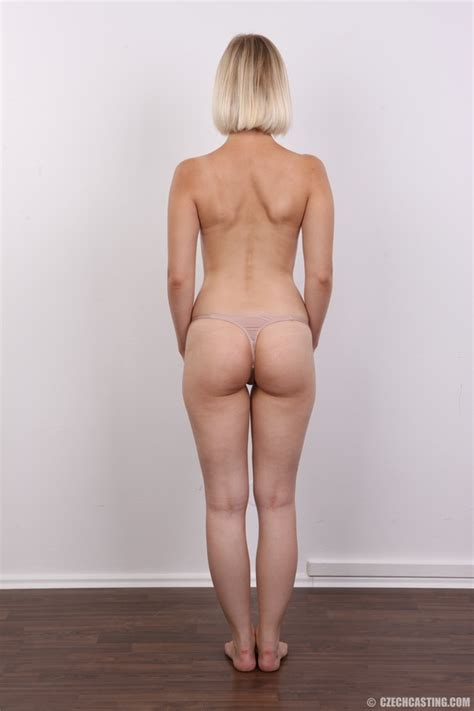 Seductive Looking Short Hair Blonde Beauty Xxx Dessert Picture