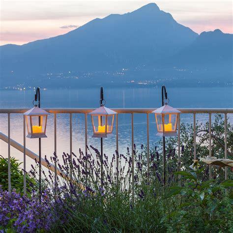 ringhiera terrazzo decorazioni terrazzo i must per l estate luminal park