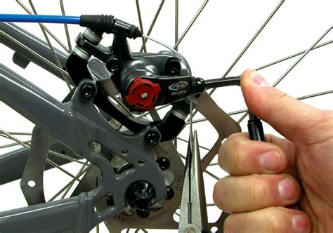 Replacing Pads Bicycle Disc Brakes