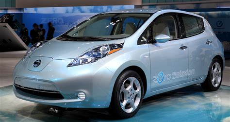 Nissan Electric Car by Electric Cars Nissan Leaf Amazing Wallpapers