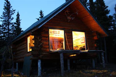 diy log cabins build   rustic lifestyle  hand
