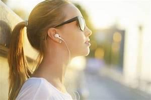 Girl Listening To Music Tumblr | www.pixshark.com - Images ...