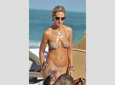 Lady Victoria Hervey nipple slip paparazzi shots