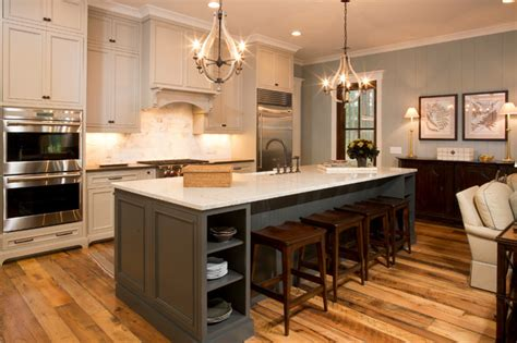 cottage kitchens photos a traditional lowcountry home with a cottage feel 2667