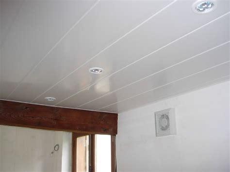 spot eclairage cuisine poser du lambris pvc au plafond