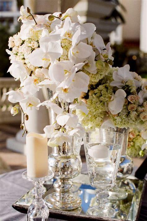 ivory  gold wedding centerpieces