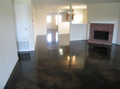 Dark Stained Concrete Floor   32. New Construction. Carpet