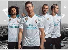 Ronaldo models Real Madrid's new kit