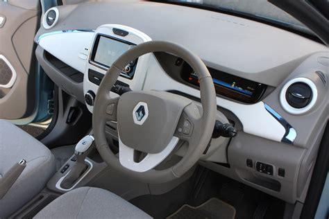 renault zoe interior renault zoe hatchback review 2012 parkers