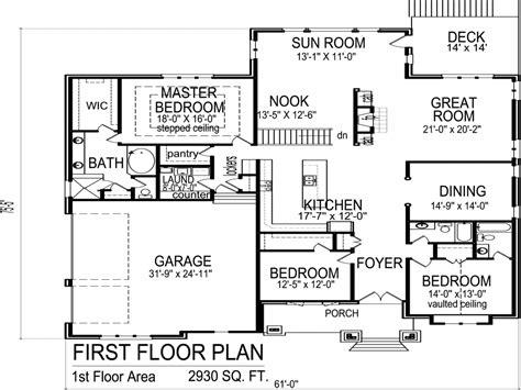 3 Bedroom 2 Bath Bungalow House Floor Plan 3 Bedroom 2