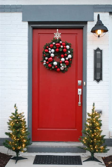 50 Best Christmas Door Decorations For 2017. Wooden Nativity Christmas Tree Decorations. Christmas Decorations With Fabric. Christmas Decorations For Outside Doors. Christmas Themes Ideas Decorating Office. Easy Christmas Crafts Candy. Outdoor Christmas Decorations Disney. Christmas Outdoor Decorations Home Depot. Outdoor Christmas Decorations Horse