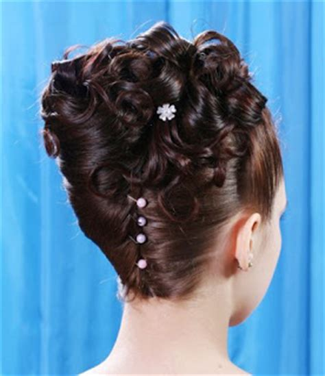 Fashion World: Prom Night Hairstyles Party Unforgettable