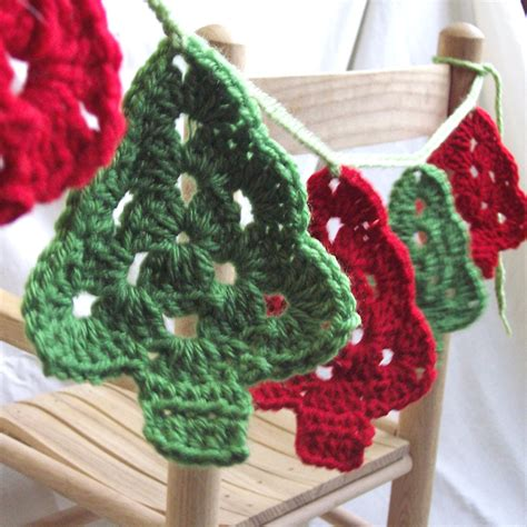 christmas trees crochet garland granny tree style bunting