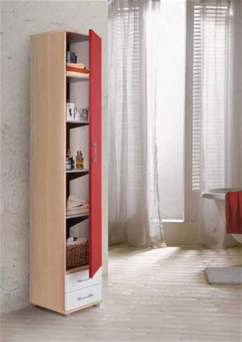 scaffali sottoscala sotto scala o soffitti inclinati da arredare con armadi