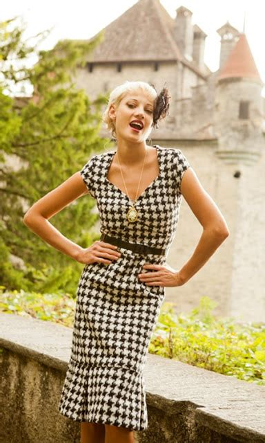 shabby apple houndstooth dress all things beautiful fall wardrobe ideas and shabby apple giveaway