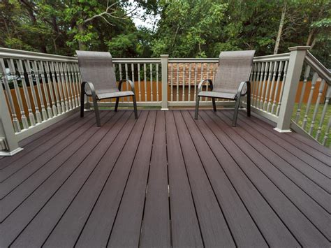 Restaining A Deck With Solid Stain by Solid Color Deck Inteplast Building Products