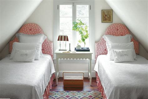 ideas to decorate a bedroom the best arrangement of small bedroom interior decorating