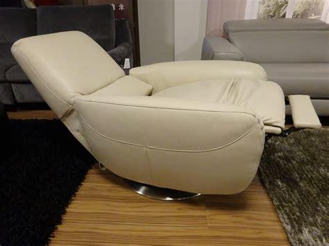 Designer Recliners by Natuzzi Editions Designer Recliner Swivel Chair